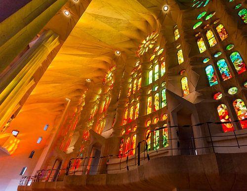 Kleurrijk Sagrada Familia van Guido Akster