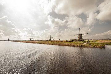 Kinderdijk Windmolens von Brian Morgan