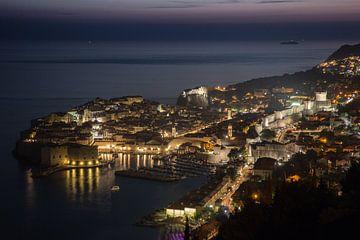 Dubrovnik na zonsondergang van Dennis Eckert