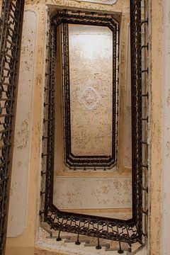 trap van onder von Ivana Luijten