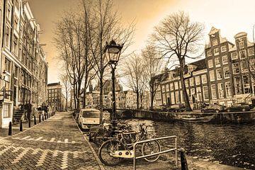Binnenstad van Amsterdam in de Winter Sepia van Hendrik-Jan Kornelis