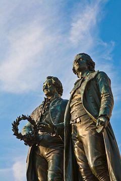 Goethe-Schiller monument in Weimar van Werner Dieterich