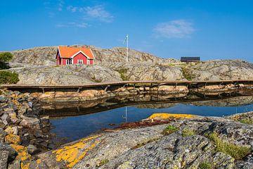 Rochers sur les îles météorologiques en face de la ville de Fjällbacka sur Rico Ködder