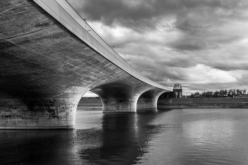 Spiegelwaal Nijmegen van Vincent de Moor
