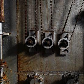 Chains van Marius Mergelsberg