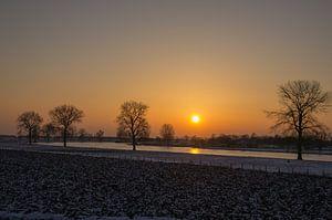 Megen aan de Maas bij zonsondergang