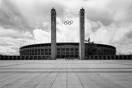 Olympiastadion Berlin in zwart-wit (1) van