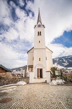 Kerk in Kaprun  von Angela Worst