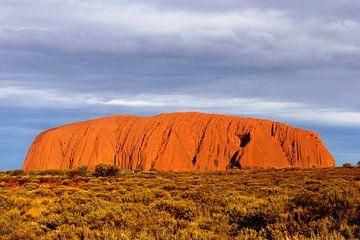 Orange Farben Uluru Ayers Rock Sonnenuntergang von