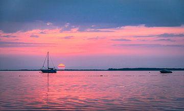 Der Himmel wird rosa über der Ostsee, Rügen von Rietje Bulthuis