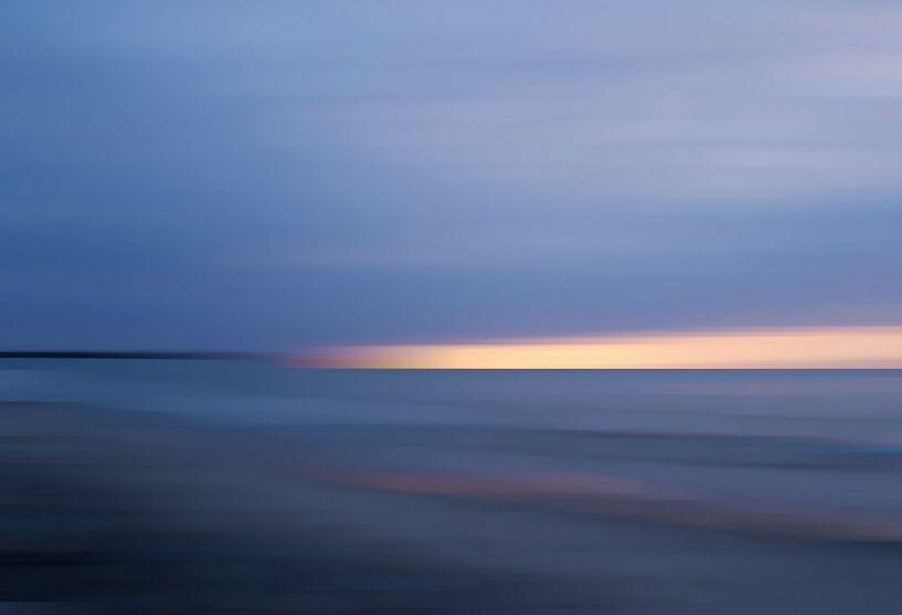 Sunrise on the Baltic Sea sur Wil van der Velde/ Digital Art