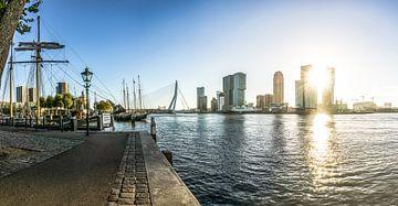 Rotterdam Skyline Lever du soleil de Veerhaven sur Ricardo Bouman