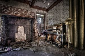 The Piano von Pierrette BLEIMLING