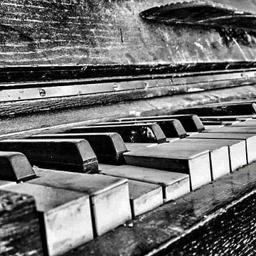 Klavier 2 von PAPARAzzSSI Freelance Fotografie