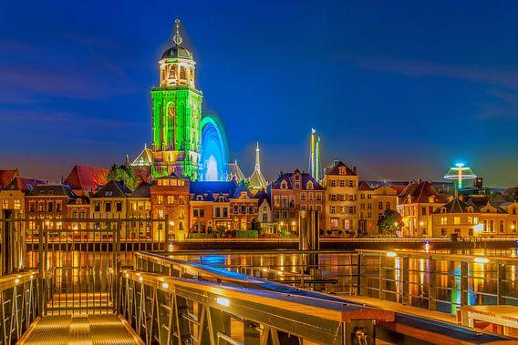 Deventer Skyline Lebuinuskerk  avond fotografie van Han Kedde