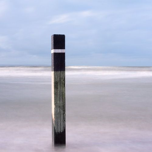 Strandpaal abstract
