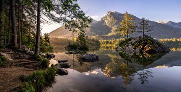 Lever de soleil dans le Berchtesgadener Land en Bavière sur Achim Thomae