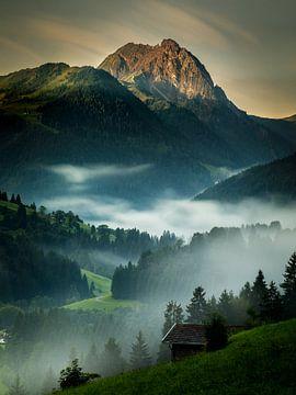Sonnenaufgang im Aschauer Tal von Nando Harmsen