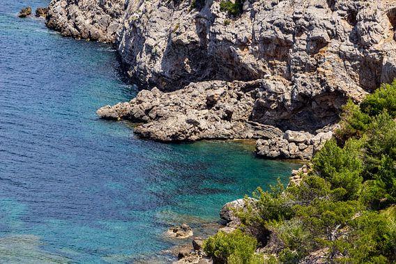 Kustlandschap voor het schiereiland La Victoria in Mallorca