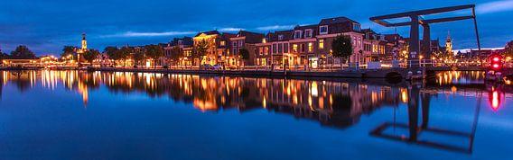 Bierkade Alkmaar kleur 16*5 van Sven van der Kooi