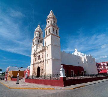 Campeche: Catedral de Nuestra Señora de la Purísma Concepción van Maarten Verhees