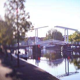 Gravensteenbrug Haarlem in ochtendlicht van Karel Ham