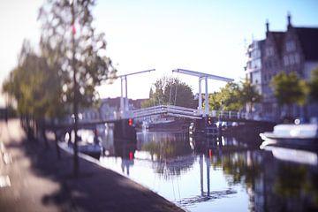 Gravensteenbrug Haarlem in ochtendlicht van