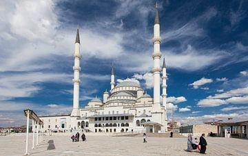 Kocatepe Mosque, Ankara sur Bart van Eijden