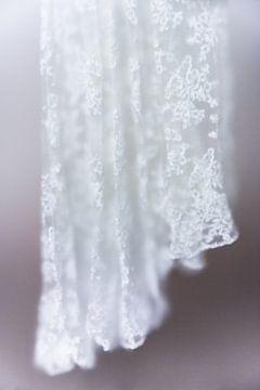 das Hochzeitskleid von Lotje van der Bie Fotografie