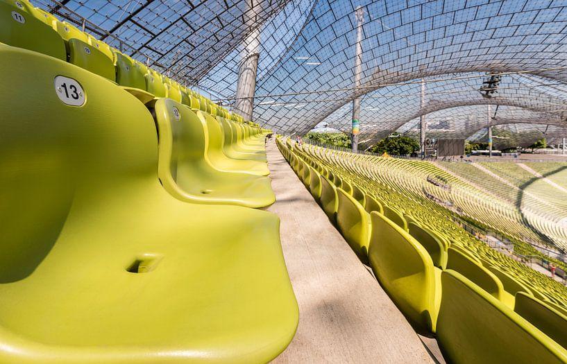 Olympiastadion, München. (Zittribune) van John Verbruggen