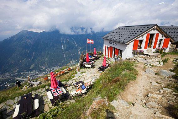 Bovenop de berg in de Franse Alpen