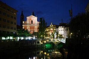 Ljubljana by night van