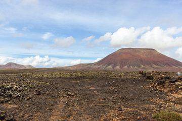 Vulkaanlandschap in het natuurpark van Corralejo (Parque Natural De Corralejo) op het Canarische eil van Reiner Conrad