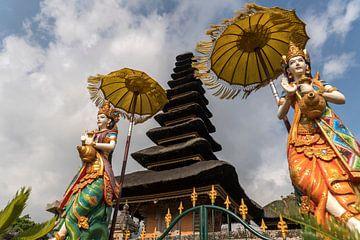 Bali-tempel van Peter Schickert