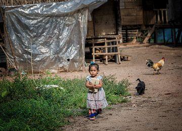 Kinder in einem Langhaus 2 von Andre Kivits