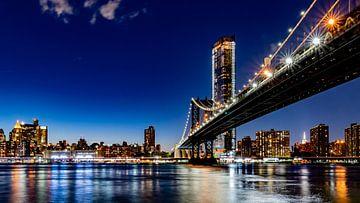 Manhattan bridge sur