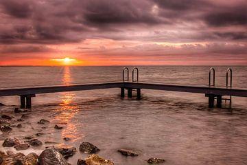 Schwimmsteg Sunrise Ouddorp von Marjolein van Middelkoop