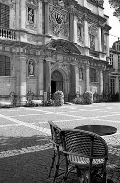 Place pour deux à Anvers sur Nina Rotim