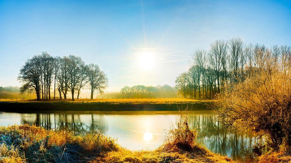 Landscape with river van Günter Albers