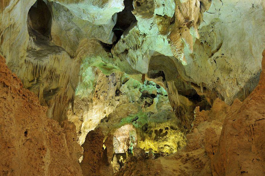 Kleurige Cavern van Paul van Baardwijk