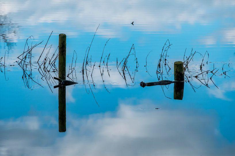 water, lucht en weerspiegeling bij het groote wiel bij empel van jan van de ven