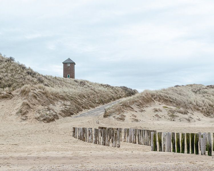 Stilte op het strand van Zoutelande van Hannie Kassenaar