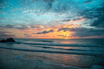 Bunter Sonnenaufgang von Manon van Goethem