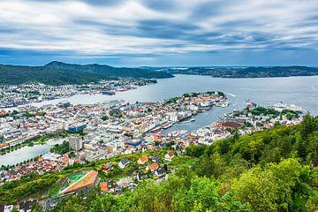 Blick auf die Stadt Bergen in Norwegen von Rico Ködder