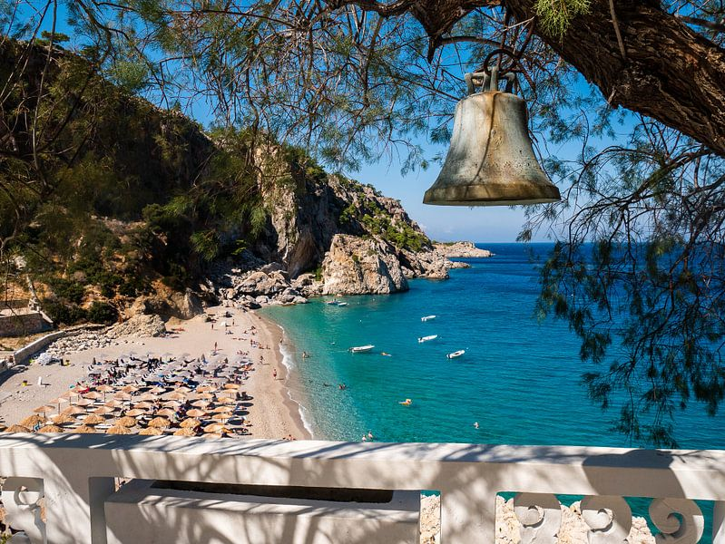 Panagia strand op Karpathos van Charlotte Dirkse