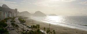 Panorama uitzicht over Copacabana in Rio de Janeiro van