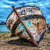 Scheepswrak aan de Rance, Bretagne van Harrie Muis thumbnail