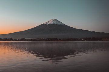 Der Berg Fuji bei Sonnenaufgang von Ashwin wullems