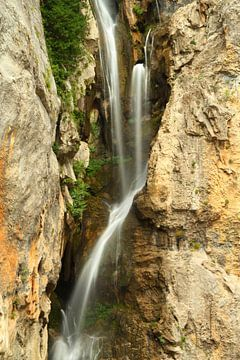 Mistic Waterfall sur Cornelis (Cees) Cornelissen