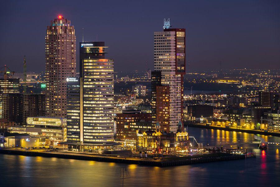 Avondfoto Kop van Zuid in Rotterdam